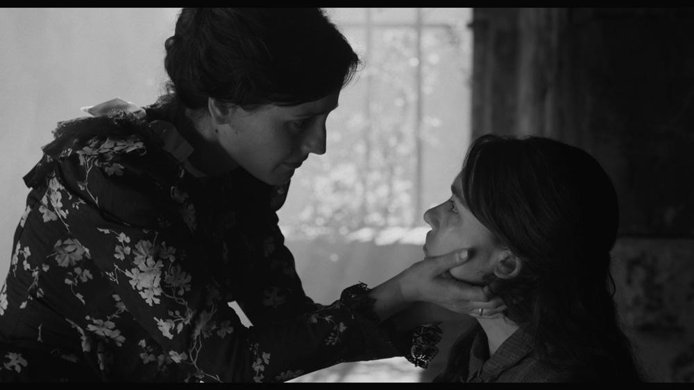 Elisa_y_Marcela_AntavianaFilms